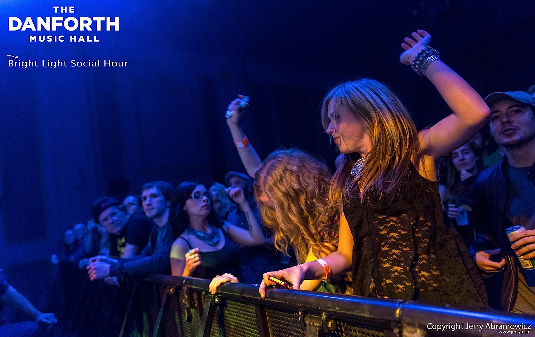 20121024 DMH The Bright Light Social Hour 108