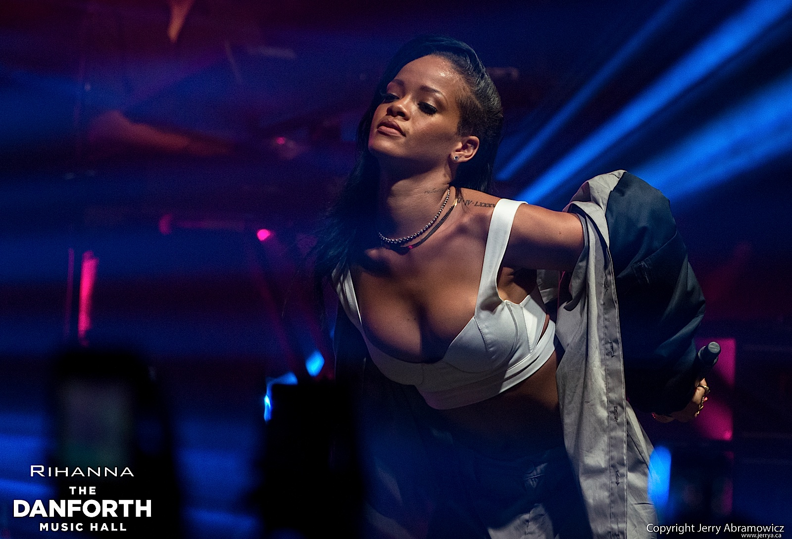 20121115 DMH Rihanna 01188