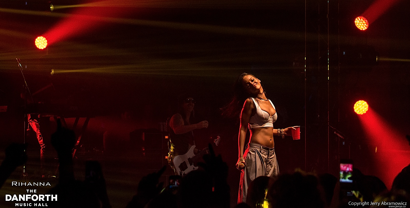 20121115 DMH Rihanna 01506
