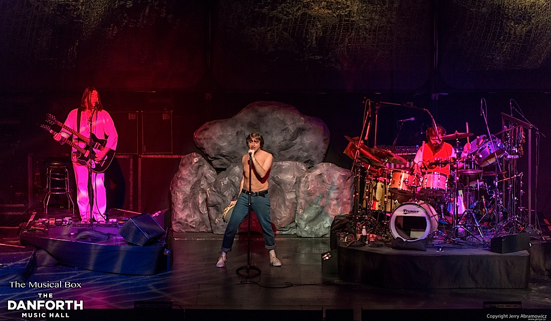20121130 DMH The Musical Box-329