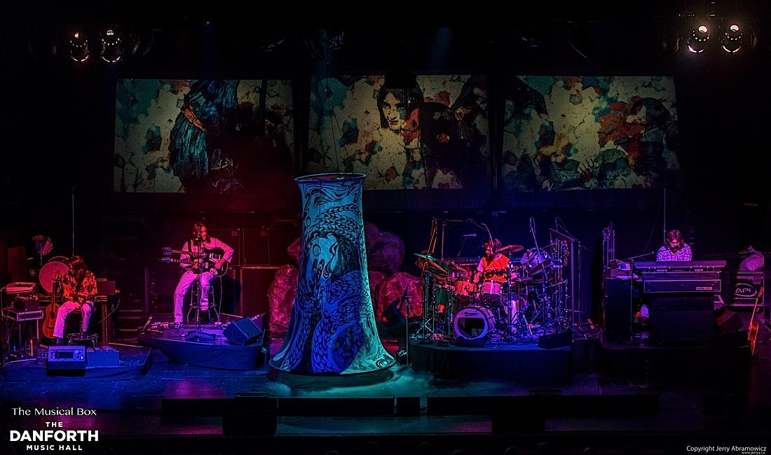 20121130 DMH The Musical Box-903